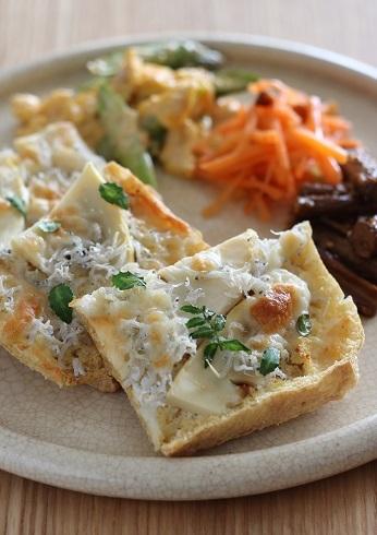 栃尾の油揚げタケノコしらすチーズ2