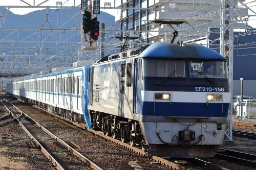 メトロ15000系甲種回送・8862レ 富士駅