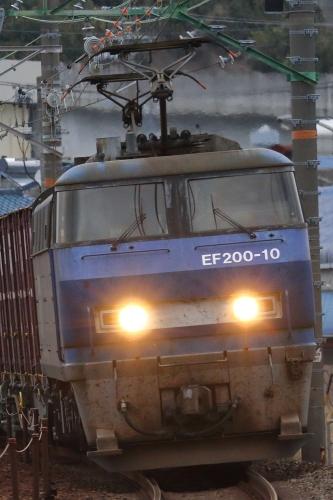 EF200-10代走・5075レ 用宗駅