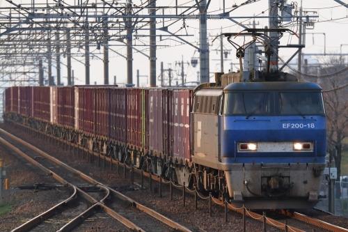EF200-18代走・5070レ 南大高駅