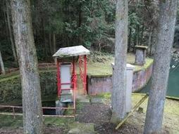 西椎屋滝壺3