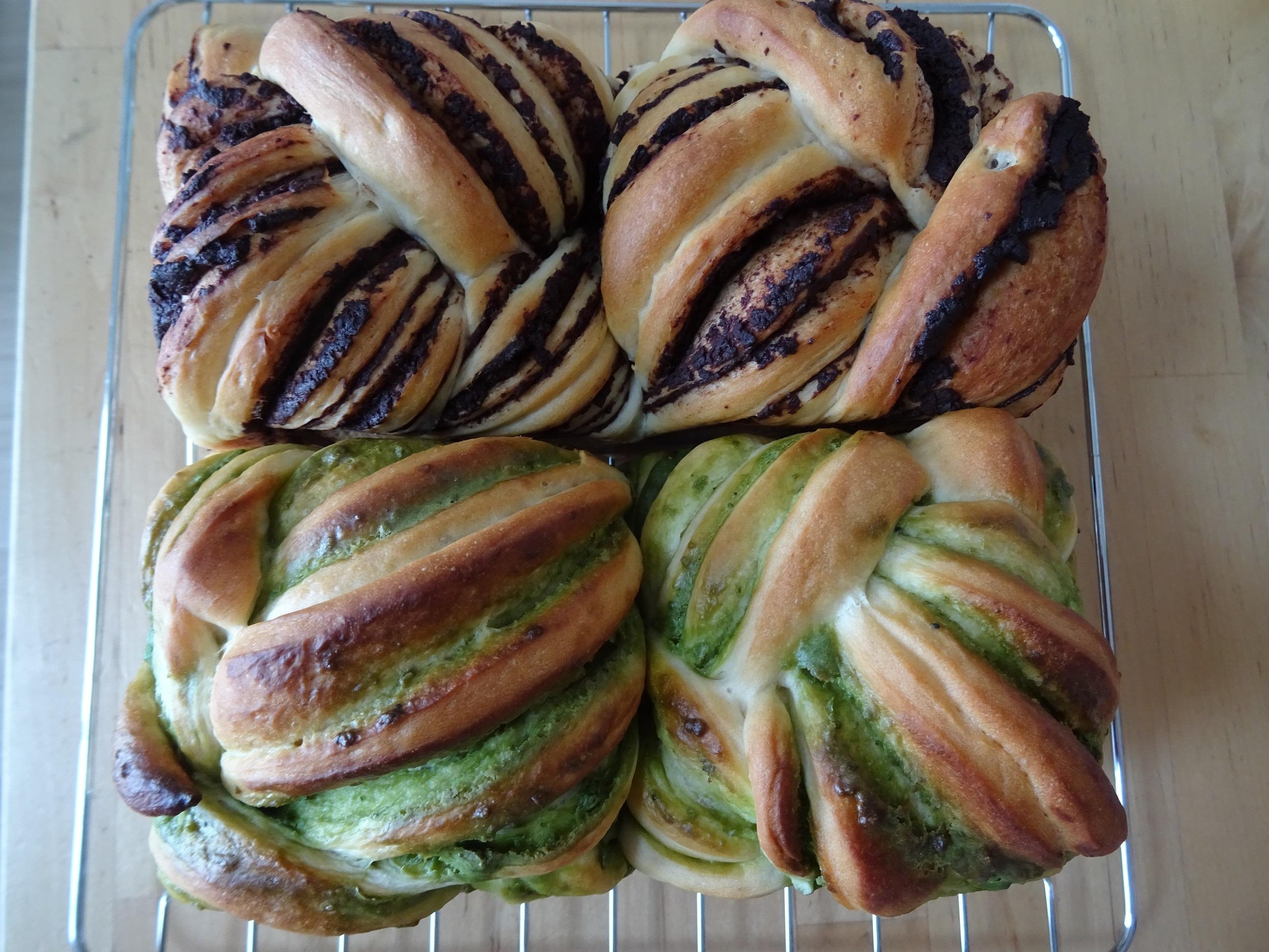 チョコと抹茶の折込パン2