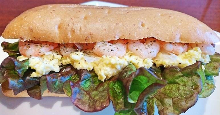 ブログ用えびと卵のサンド