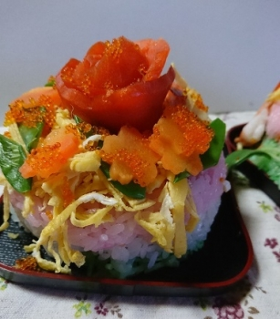 雛ケーキ寿司
