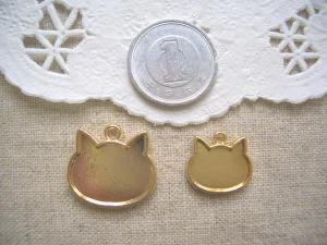 ミール皿:ネコ大小