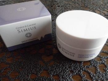 シミウス ホワイトニングリフトケアジェル1