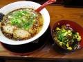 黒盛りチャーシー丼_山神山人市場