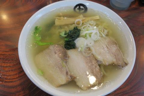 伊藤商店(金の中華そば)