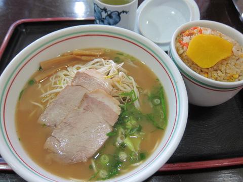 東来軒(ラーメン定食)