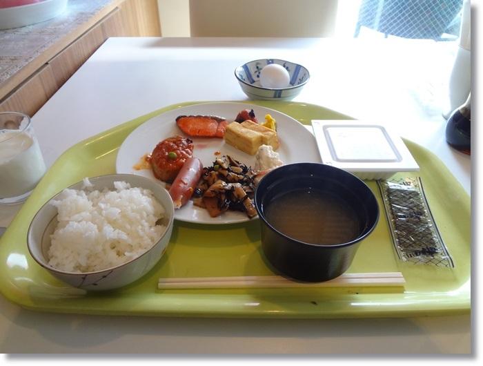 ホテル朝食DSC09933