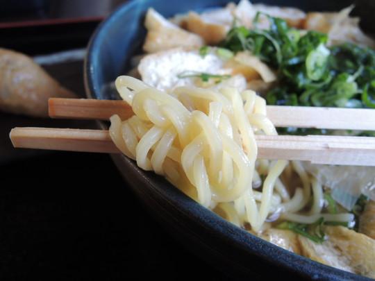 豆腐ラーメンの麺