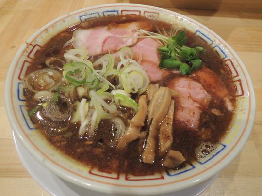 サバ醤油そば(700円)