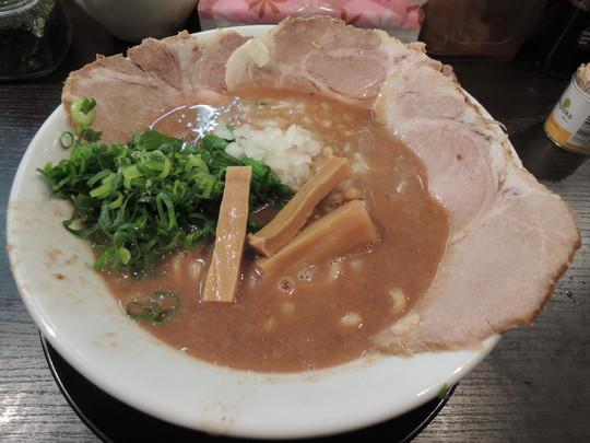 特製濃厚中華(950円)