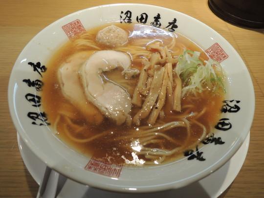 醤油中華(700円)
