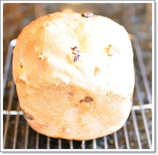 HBで焼いた食パン