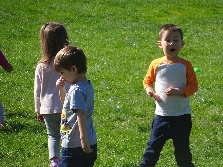 公園の子供2