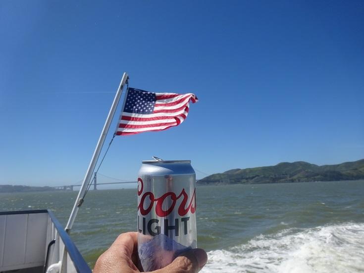 国旗に乾杯