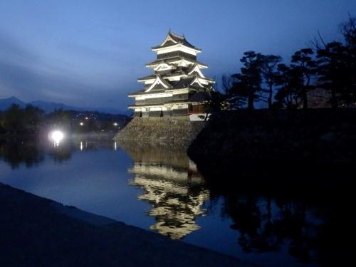 松本城夜桜 (58)