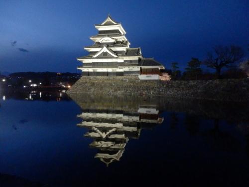 松本城夜桜 (59)