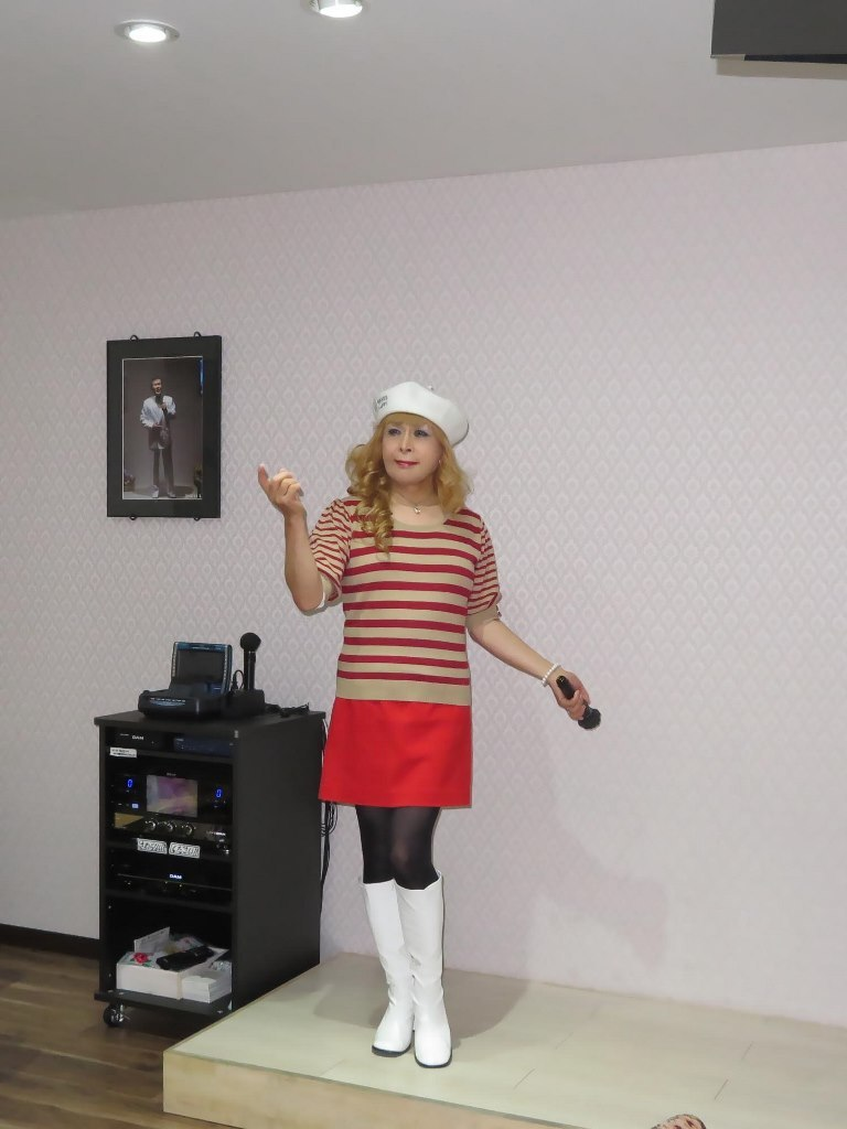 白ベレー赤ボーダー赤ミニカラオケ(4)