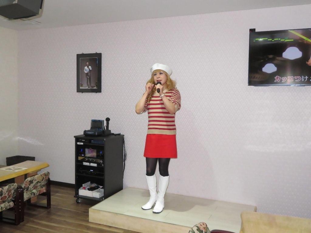 白ベレー赤ボーダー赤ミニカラオケ(5)