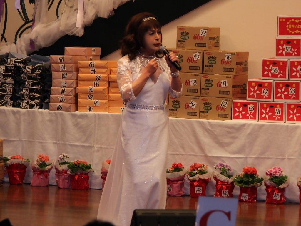 白ドレス舞台(7)