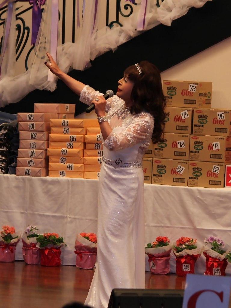 白ドレス舞台(1)