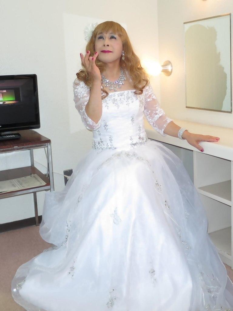 白ドレス舞台更衣室にてA(3)