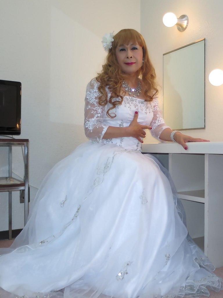 白ドレス舞台更衣室にてA(5)