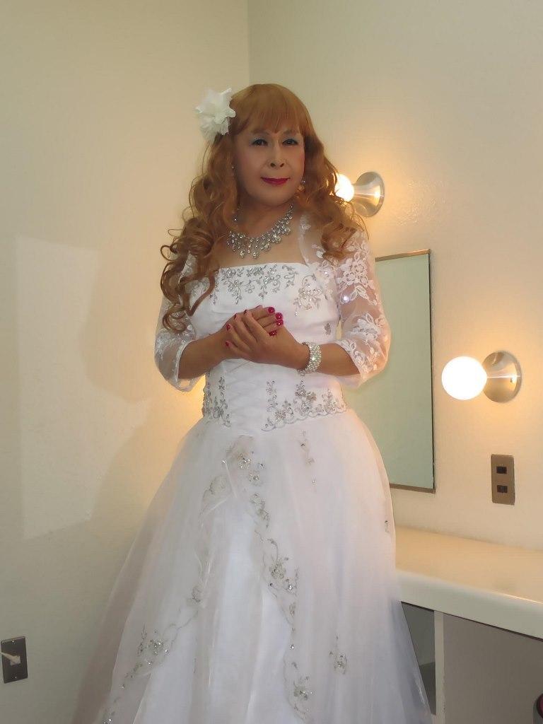 白ドレス舞台更衣室にてA(6)