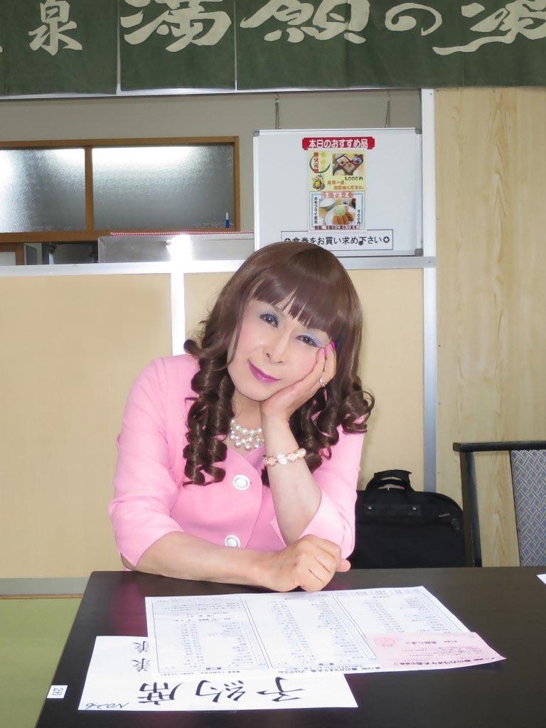 ピンクスーツ舞台練習(2)