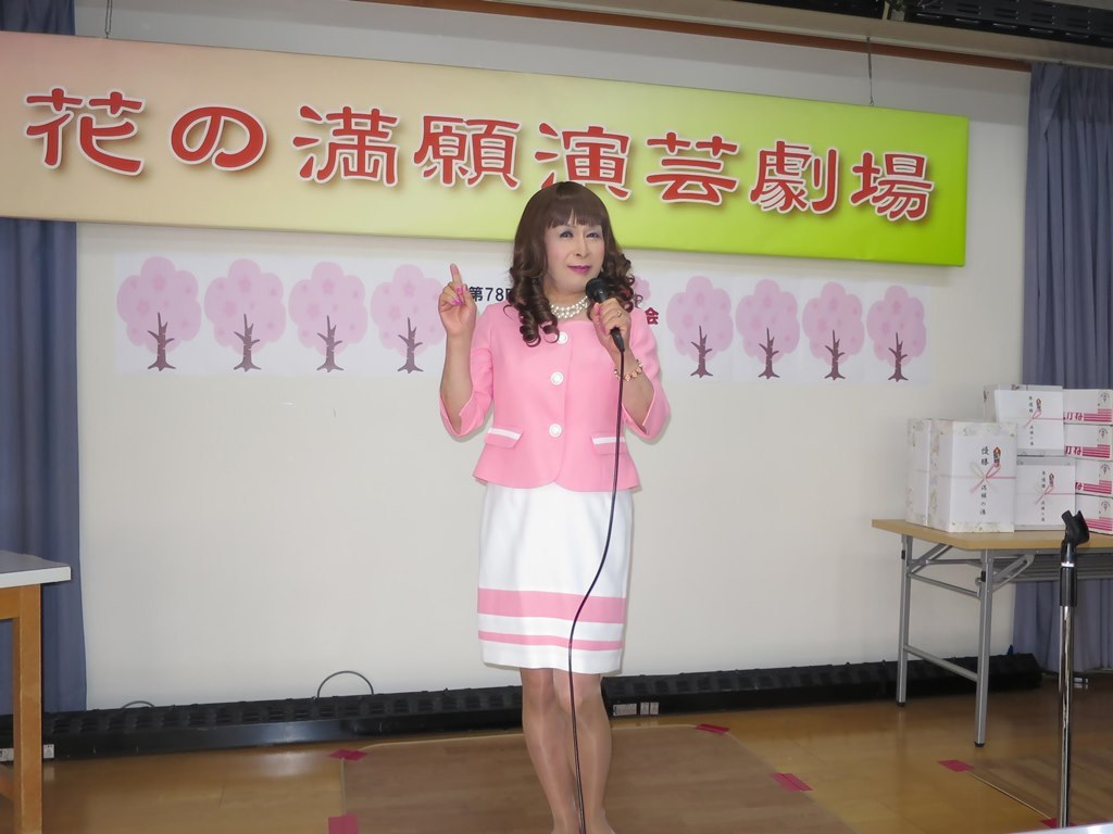 ピンクスーツ舞台練習(3)