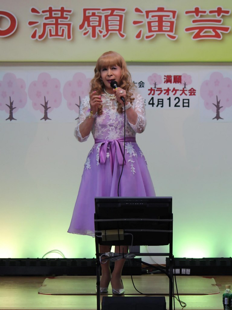紫ショートドレス舞台(2)