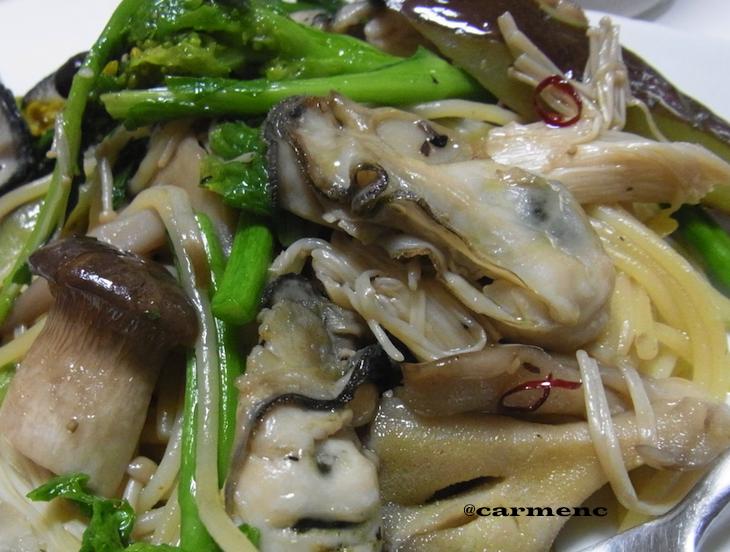 牡蠣と茸と菜花パスタ