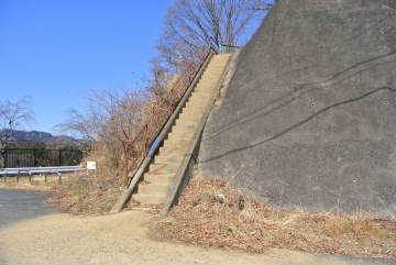 この階段か