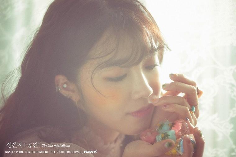 Eunji-spring-02.jpg