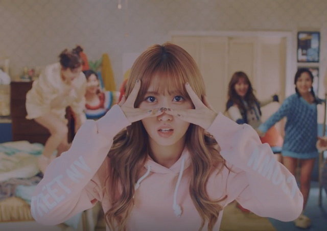 TWICE-KnockKnock-11.jpg