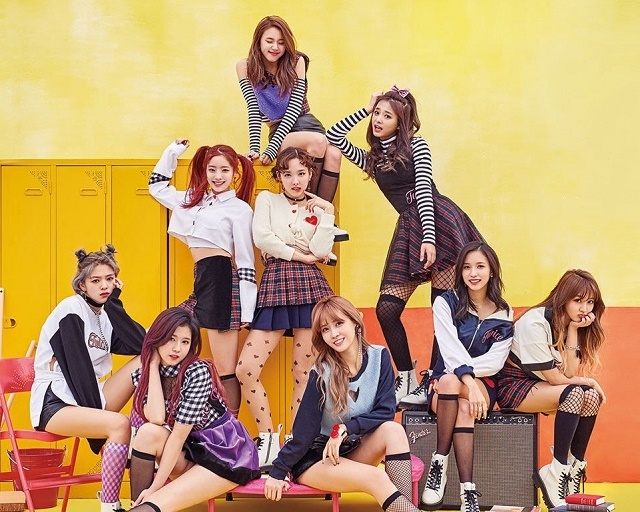 TWICE-KnockKnock-48.jpg