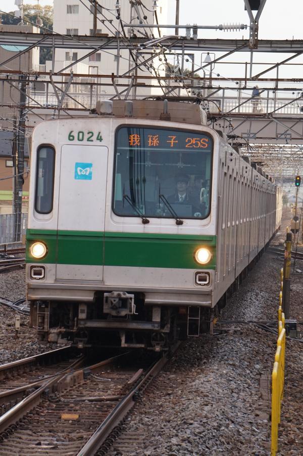 2017-03-08 メトロ6124F 我孫子行き