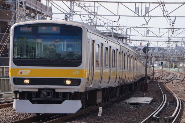 2017-03-08 総武線E231系ミツB82編成 千葉行き2
