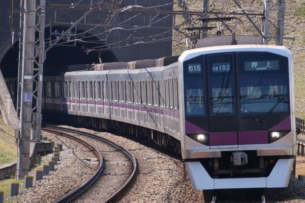 2017-03-22 メトロ08-102F 押上行き