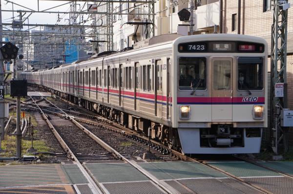 2017-03-24 京王7423F_9707F 特急新宿行き3