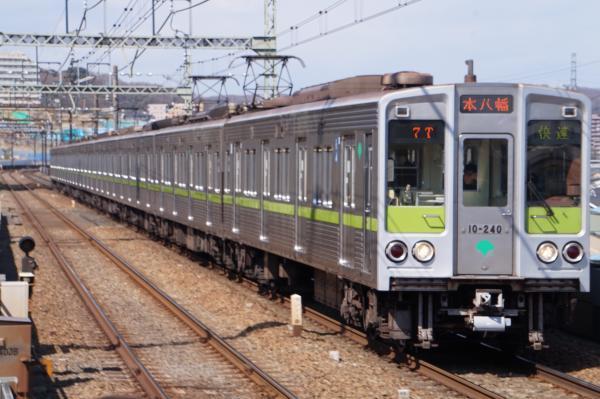 2017-03-24 都営10-240F 快速本八幡行き
