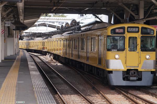 2017-03-29 西武2093F_2417F 急行西武新宿行き 2324レ