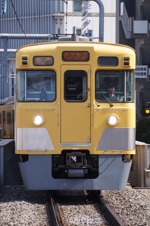 2017-04-15 西武2003F 各停西武新宿行き 5114レ