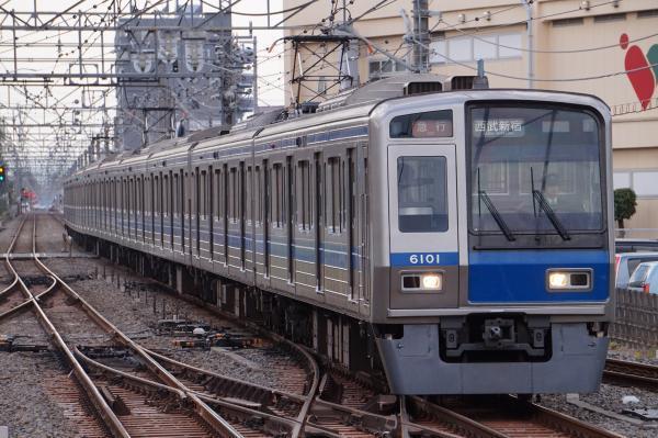 2017-04-15 西武6101F 急行西武新宿行き 2682レ