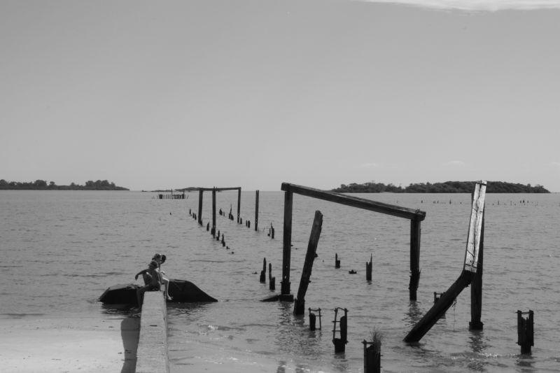 モノクロ海外ビーチ