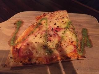 ロミロミトマト&モッツァレラチーズピザ