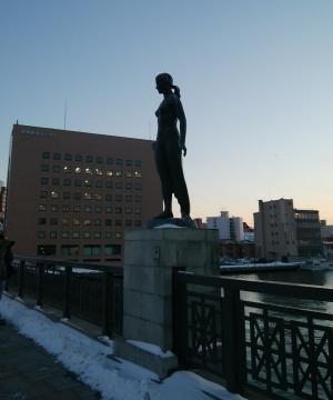 幣舞橋の像 (1)