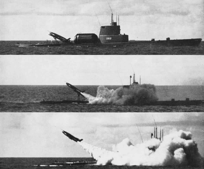USS_Tunny_(SSG-282)_Regulus_launching_sequence_c1956.jpg